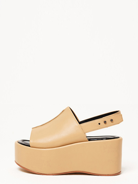 16RESORT LEATHER CANDY SANDALS BEIGE