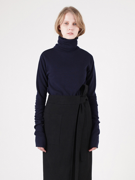 15FW LONG SLEEVE TURTLENECK NAVY