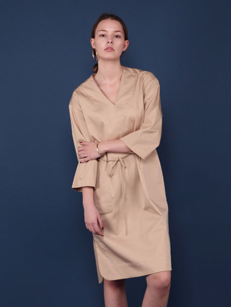16SS V-NECK SLIT SHIRT DRESS BEIGE