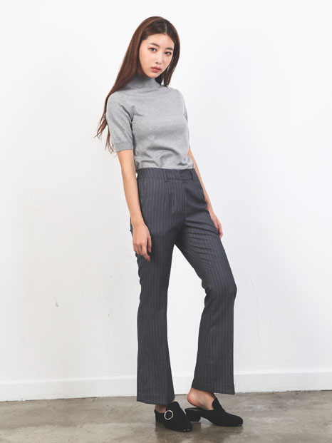SIMPLE FLARE PANTS GRAY