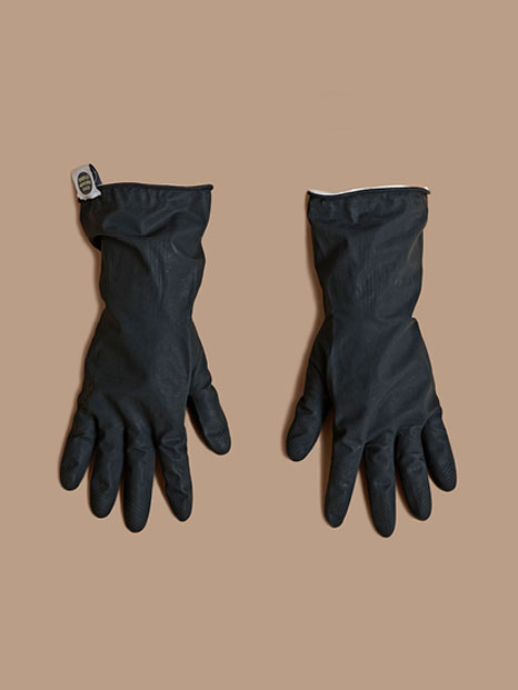 THE RUBBER GLOVES_BLACK