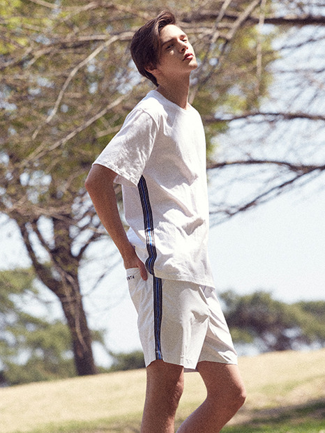 [13month]17hot summer side taping short pants(white)