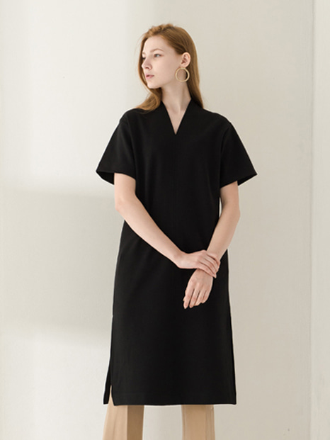 17SS SHORT SLEEVE V-NECK DRESS BLACK