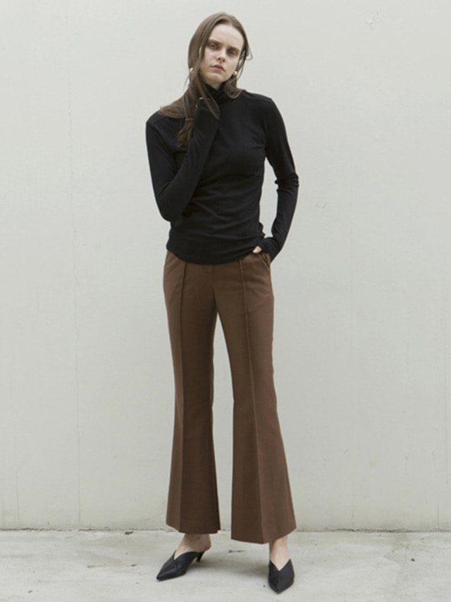 17FW INSIDE SLIT FLARED TROUSERS BROWN