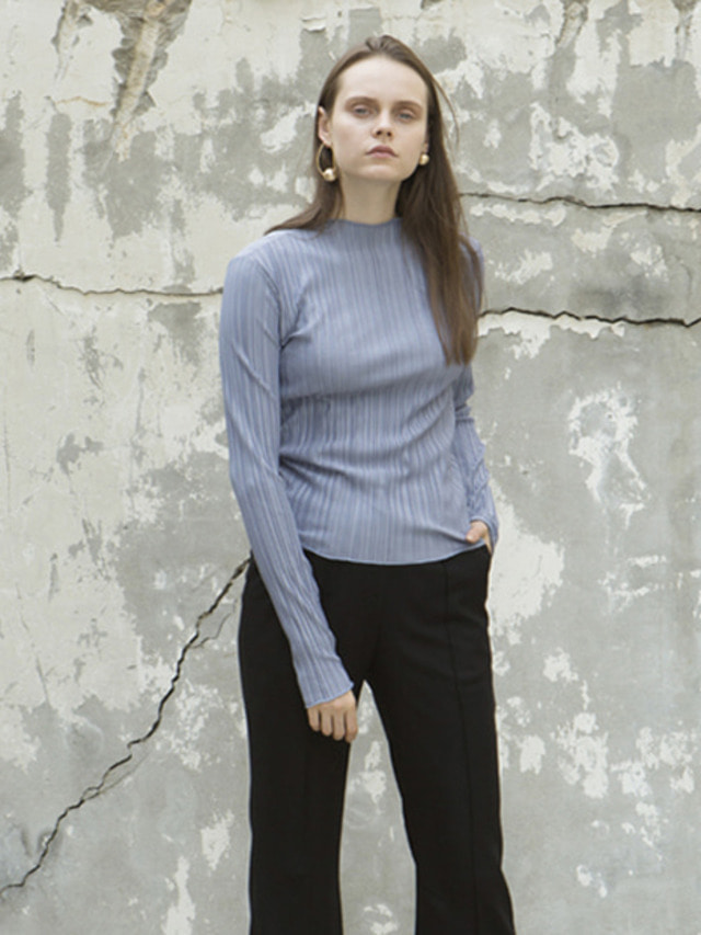 17FW LOW CUT PLEATED TOP DARK SKY
