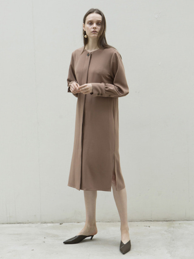 17FW ROUND V-NECK BELTED DRESS CAMEL
