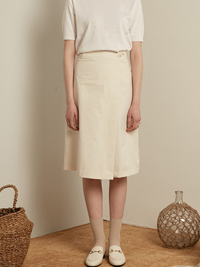 [13month]MIDI WRAP SKIRT (IVORY)