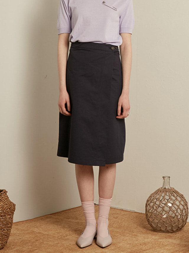 [13month]MIDI WRAP SKIRT (NAVY)
