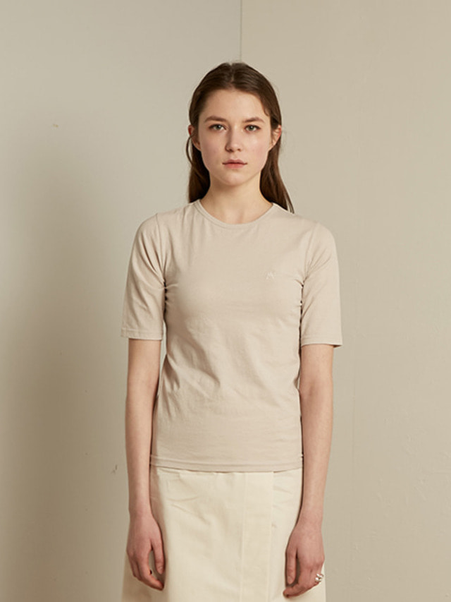 [13month]SLIM ROUND T-SHIRT (BEIGE)