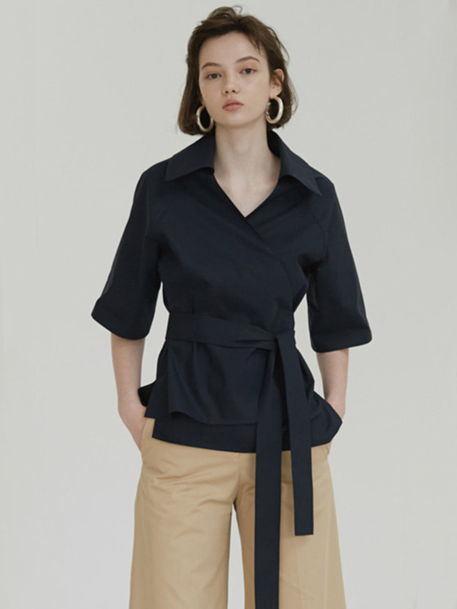 [MOHAN]18SS WIDE COLLAR WRAP BLOUSE NAVY