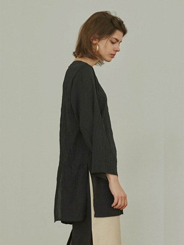 [MOHAN]18SS NATURAL PLEATED BLOUSE BLACK