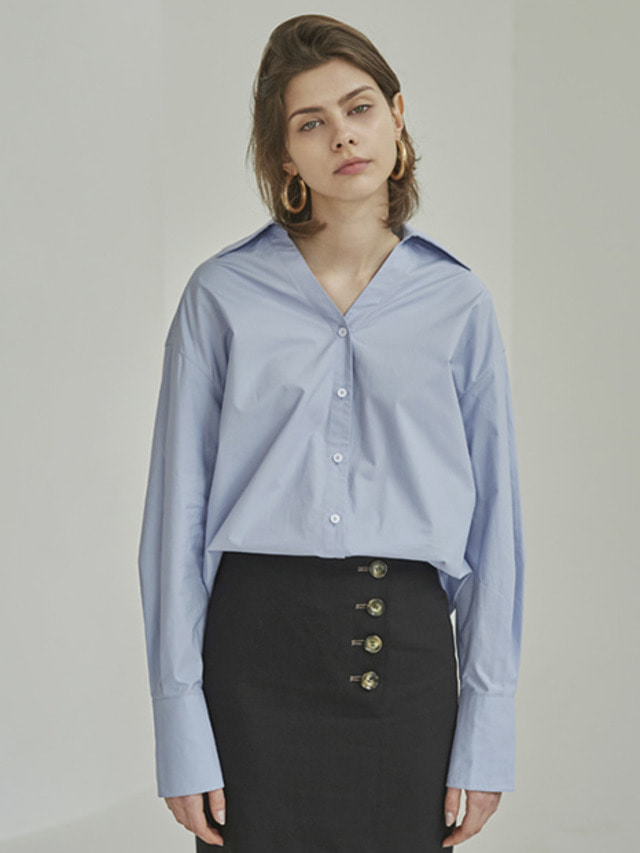 [MOHAN]18SS WIDE COLLAR V-NECK SHIRT SKY