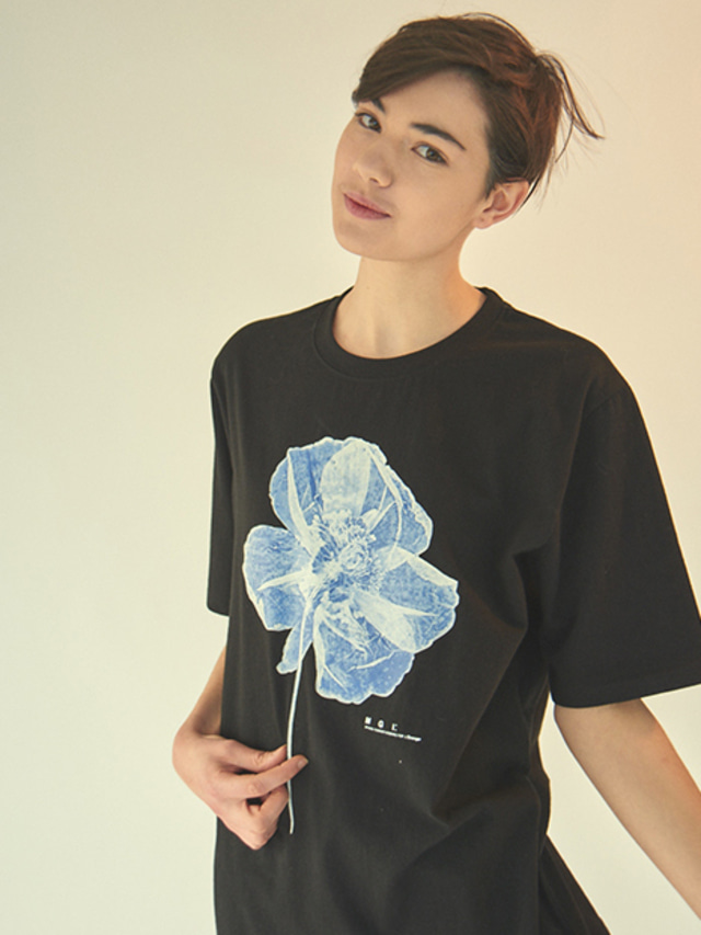 [MGI]FLOWER T-SHIRTS BLACK