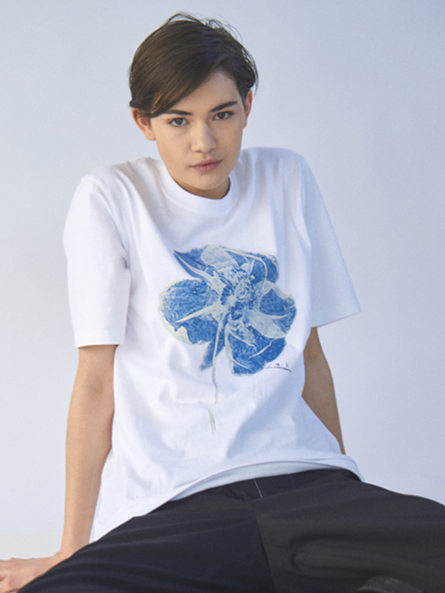 [MGI]FLOWER T-SHIRTS WHITE