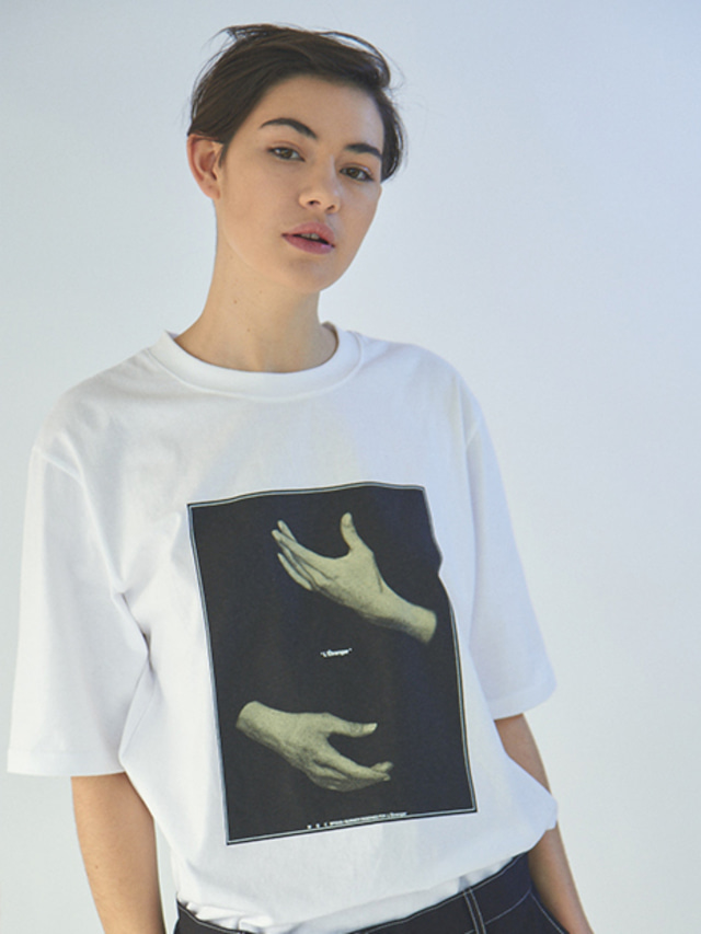 [MGI]HAND GRAPHIC T-SHIRTS WHITE