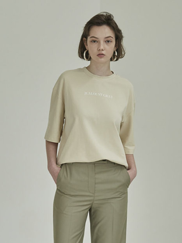 [MOHAN]FRONT LETTERING T-SHIRT CREAM