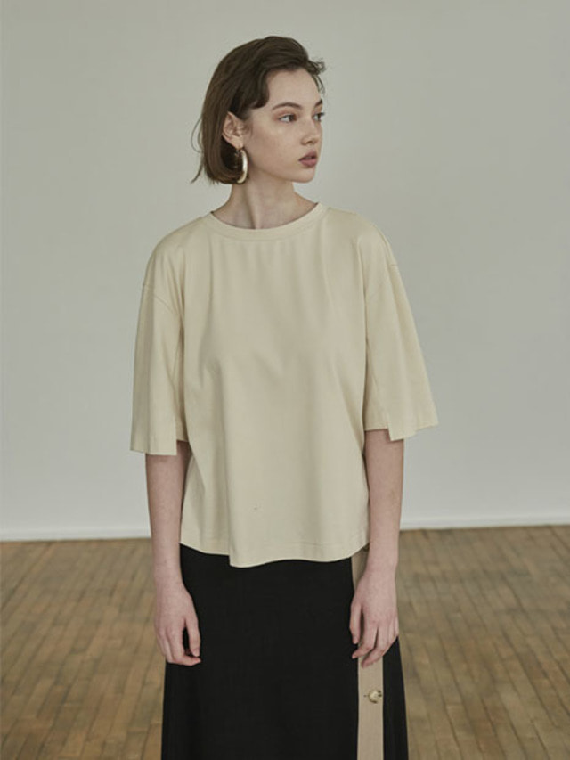 [MOHAN]UNBALANCE BASIC T-SHIRT CREAM
