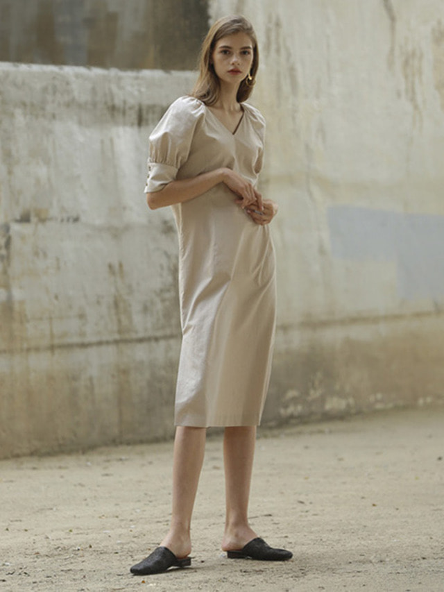 [MOHAN]LINEN VOLUME V-NECK DRESS BEIGE