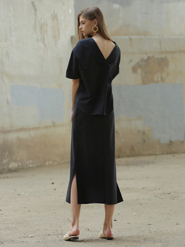 [MOHAN] LONG SLIT WRAP SKIRT NAVY