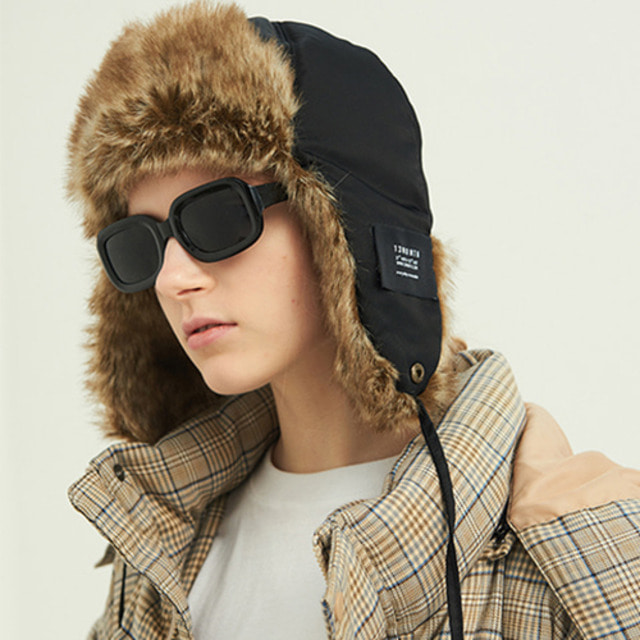 [13MONTH] TRAPPER HAT BLACK