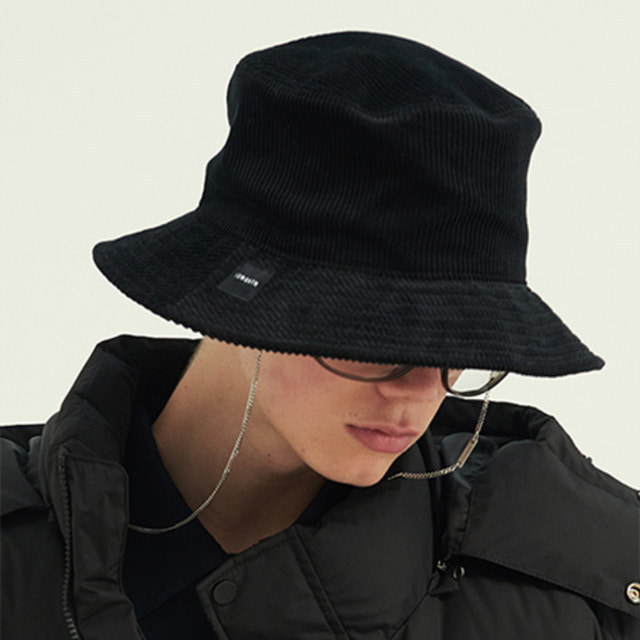 [13MONTH] CORDUROY BUCKET HAT BLACK