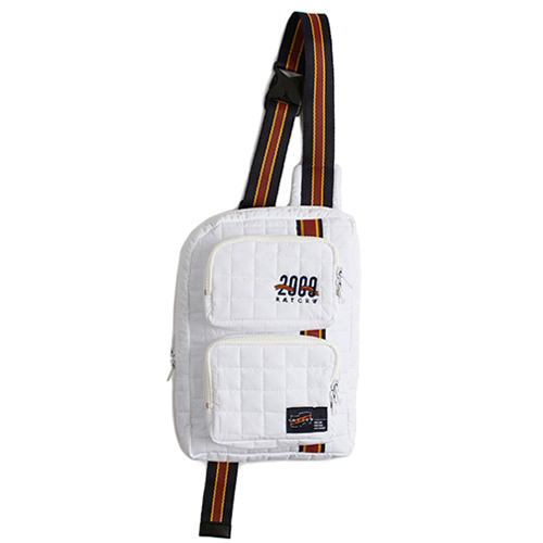 [ROMANTIC CROWN] PADDED SLING BAG WHITE