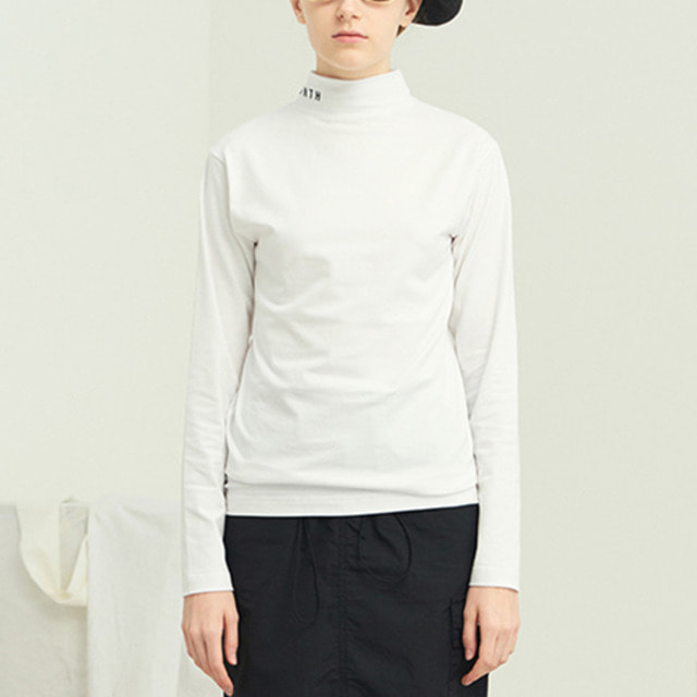 [13MONTH] TURTLENECK SLIM LONG SLEEVE T-SHIRT WHITE