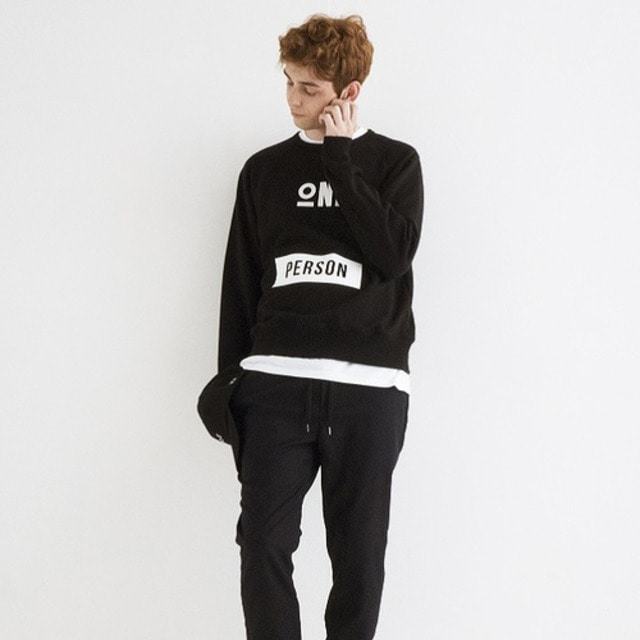 [JUSTO] ONEPERSON SWEATSHIRTS BLACK