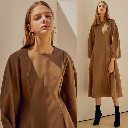 [MOHAN] 18FW SQUARE NECK BALLOON DRESS BROWN