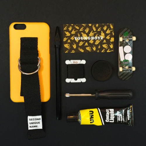 SUN CASE YELLOW BLACK (WORDS)
