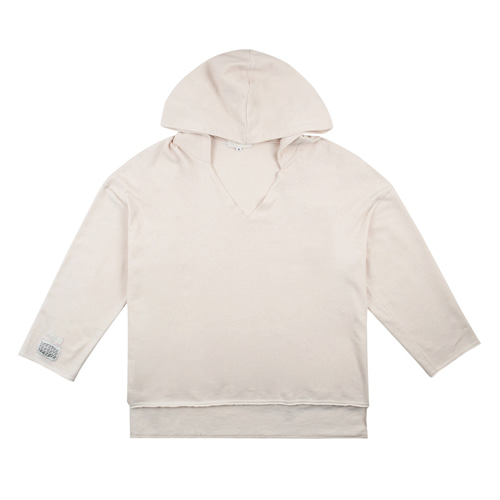 [13MONTH] CUTTING V NECK HOOD IVORY
