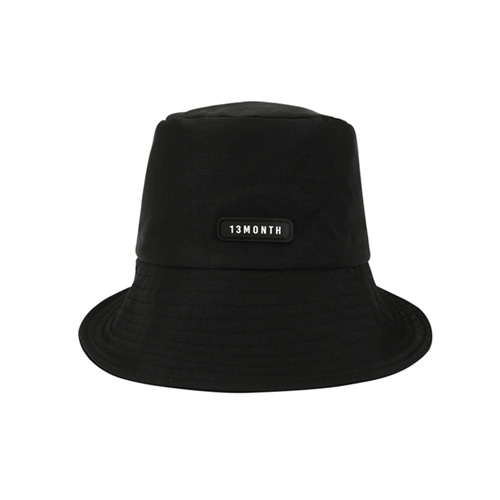 [13MONTH] LOGO BUCKET HAT BLACK