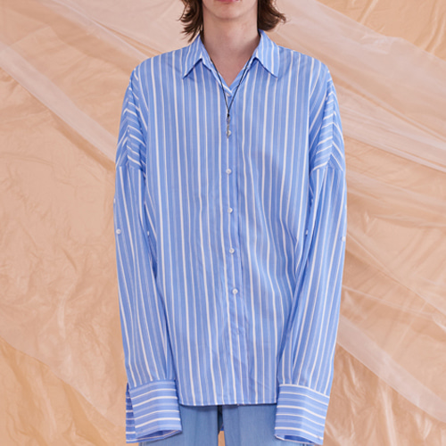 [13MONTH] OVERSIZE STRIPE LONG SLEEVE SHIRT BLUE