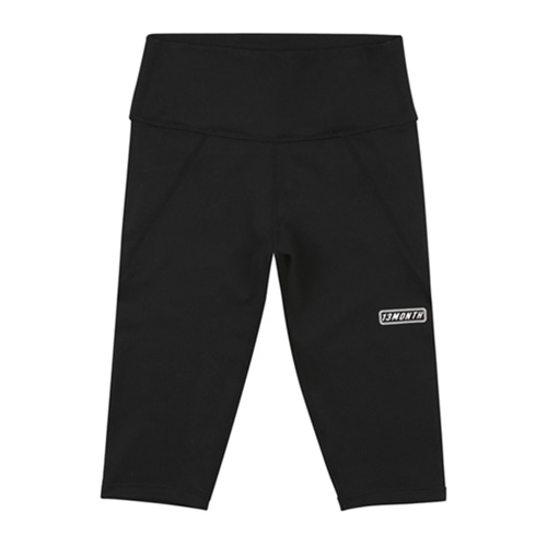[13MONTH] LOGO HALF LEGGINGS BLACK
