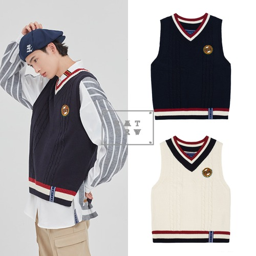 [ROMANTICCROWN] V NECK CABLE KNIT VEST 2COLOR