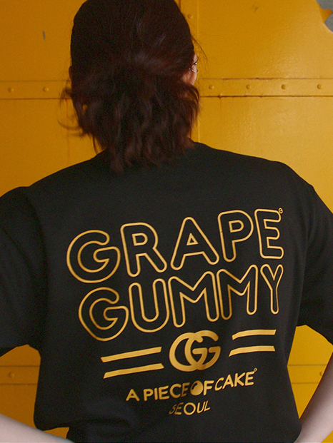 Grape Gummy 1/2 T-shirts_Black